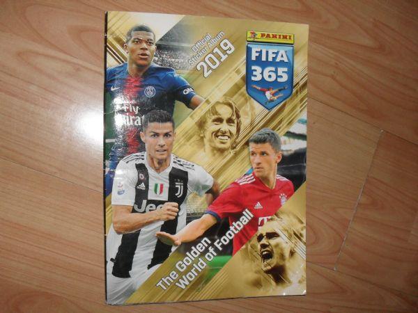 FIFA 365 2019 PANINI 393/446 (+4)