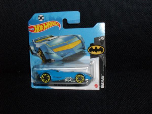 BATMAN DC BATMOBILE hotwheels, glanc