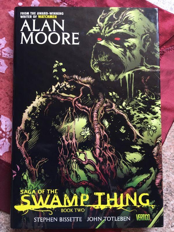 Alan Moore - Swamp Thing book 2