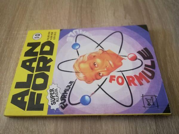 Alan Ford super klasik 10 - Formule (Strip agent)