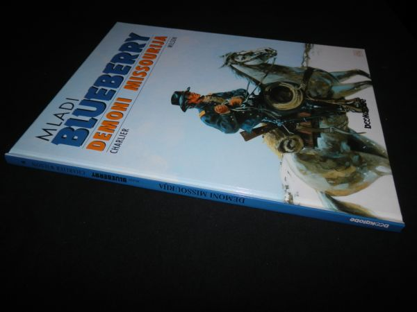 MLADI BLUBERRY BOOKGLOBE 4 - DEMONI MISSOURIJA (5) OD 1 KN!!!