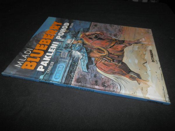MLADI BLUBERRY BOOKGLOBE 6 - PAKLENI POHOD (5) OD 1 KN!!!