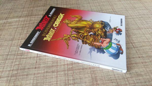 Rodendanski Asterix Zlatna knjiga  ,br 34
