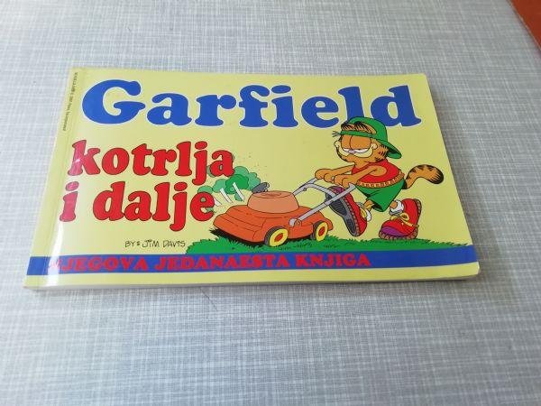 GARFIELD Bookglobe 11